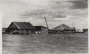 Затопление жилых домов в 1957 году (поселок Заморозково)